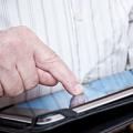 Technologies numériques et services aux personnes vieillissant à domicile